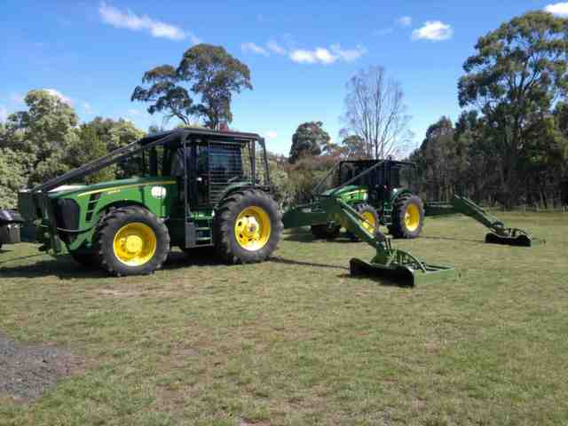 jd 8345r reach arm 2